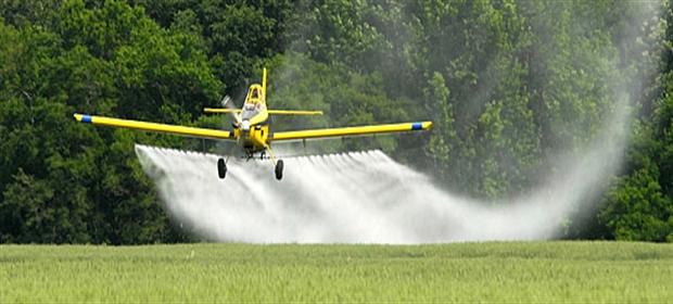 spray-pesticides-wheat - Copy